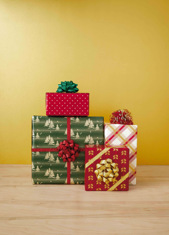 Hallmark Celebrates 100th Anniversary Of Gift Wrap Hallmark Corporate
