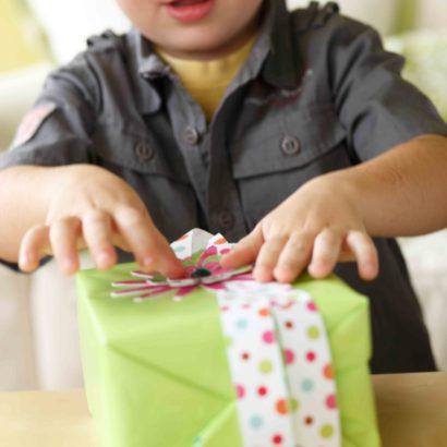 Hallmark Gift Wrap - 2010 Gift Trim Photo Ad