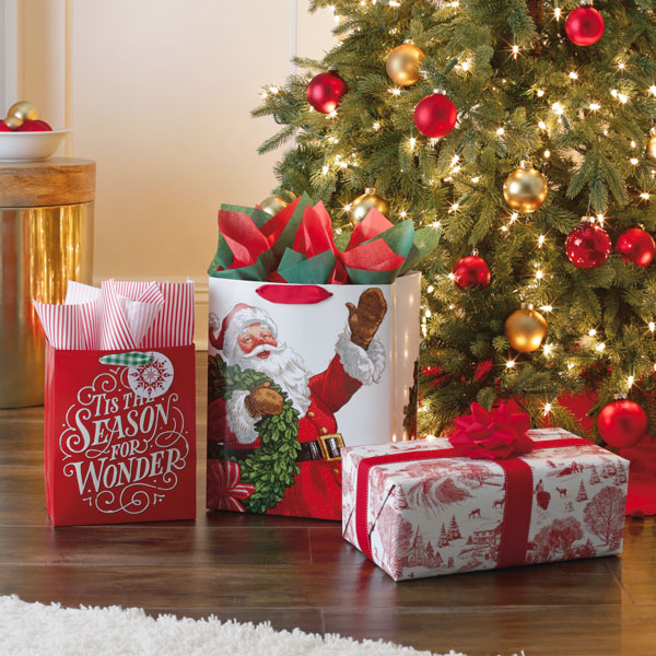 Christmas in Evergreen Gift Wrap